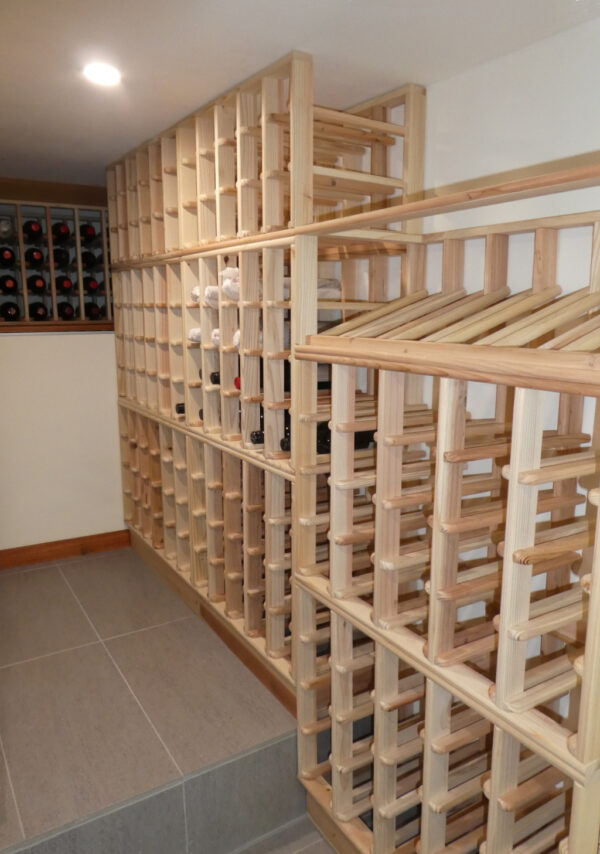 Magnum and Display Rack Cellar